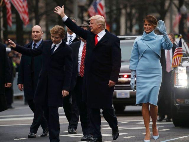 trump_ing_walk